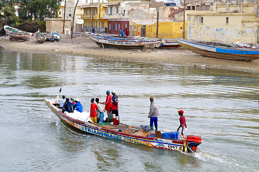 Senegal River, City of Saint Louis, UNESCO World Heritage Site, Senegal, West Africa, Africa