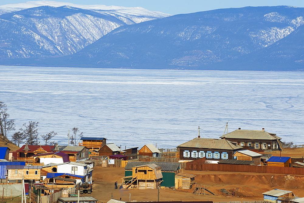 Khoujir, Maloe More (Little Sea), frozen lake during winter, Olkhon island, Lake Baikal, UNESCO World Heritage Site. Irkutsk Oblast, Siberia, Russia, Eurasia  - 712-2627