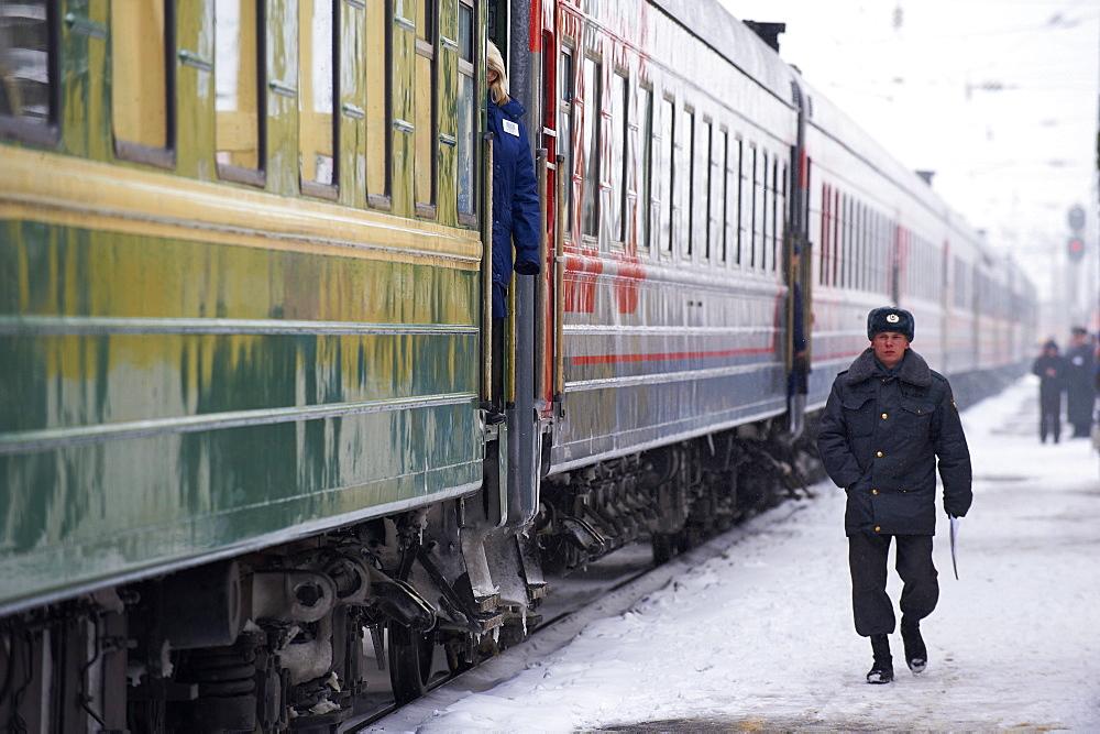 Railway station on the Trans-Siberian line, Balezino, Udmurtia, Russia, Europe - 712-2641