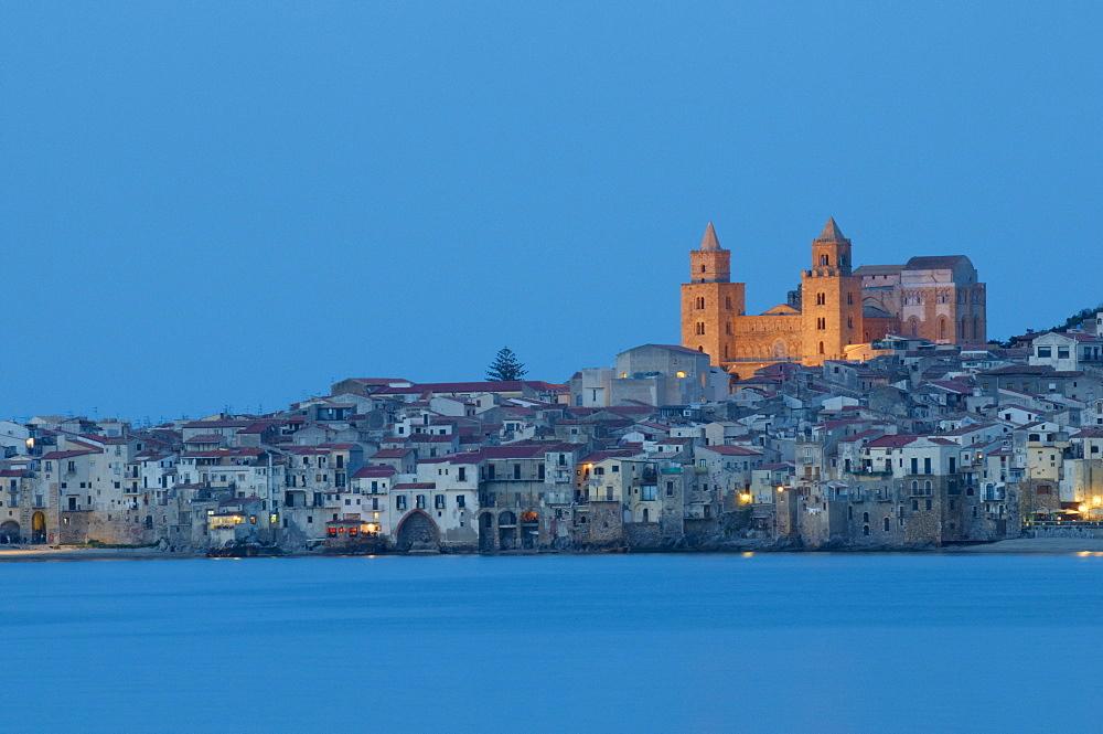 Cefalu, Palermo district, Sicily, Italy, Mediterranean, Europe  - 712-2705