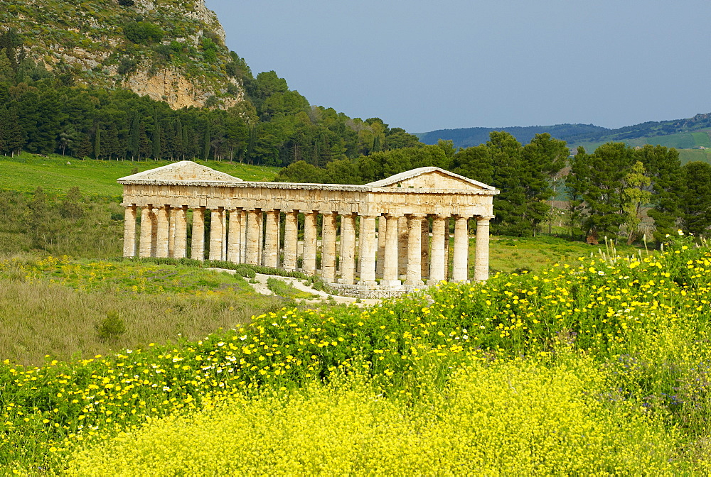 Greek temple, Segesta, Trapani District, Sicily, Italy, Europe  - 712-2714