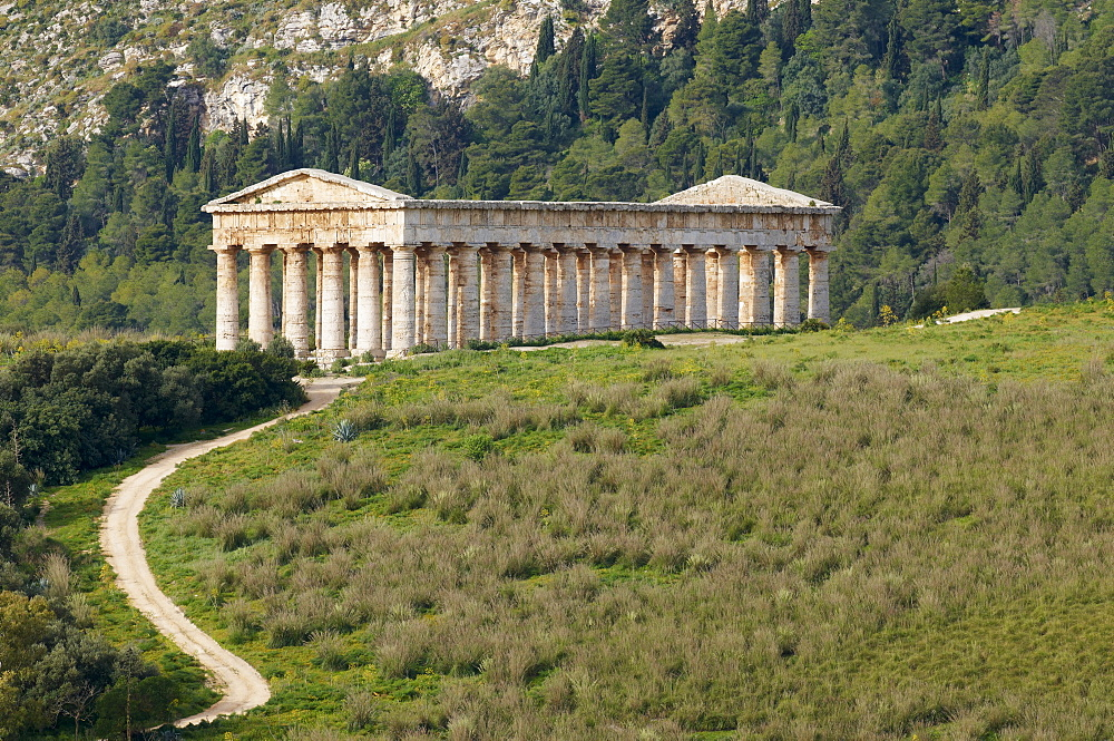 Greek temple, Segesta, Trapani District, Sicily, Italy, Europe  - 712-2716