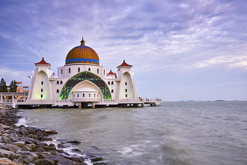 Selat Melaka Mosque, Malacca, Malacca State, Malaysia, Southeast Asia, Asia