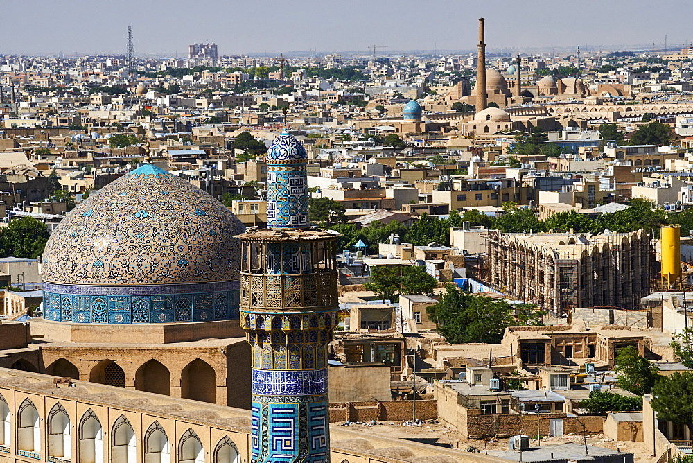 Minaret of the Imam Mosque, Sheikh Lotfollah Mosque, and cityscape, Isfahan, Iran, Middle East
