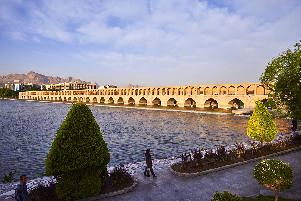 Si-o-Seh bridge on the Zayandeh River, Isfahan, Iran, Middle East - 712-2836