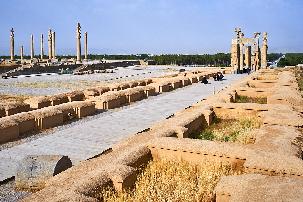 Achaemenid archaeological site, Propylon, Gate of All Nations, Persepolis, UNESCO World Heritage Site, Fars Province, Iran, Middle East