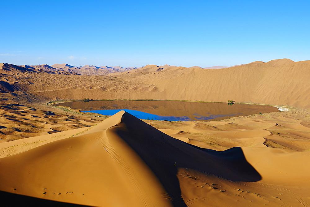 China, Inner Mongolia, Badain Jaran desert, Gobi desert - 712-2945