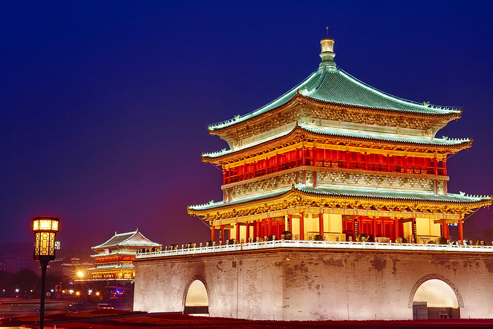 Bell Tower, dating from 14th century rebuilt by the Qing in 1739, Xian, Shaanxi Province, China, Asia - 712-2952