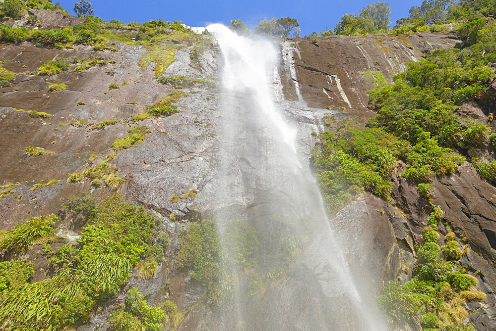 Waterfall, Milford Sound, Fiordland National Park, UNESCO World Heritage Site, Southland, South Island, New Zealand, Pacific