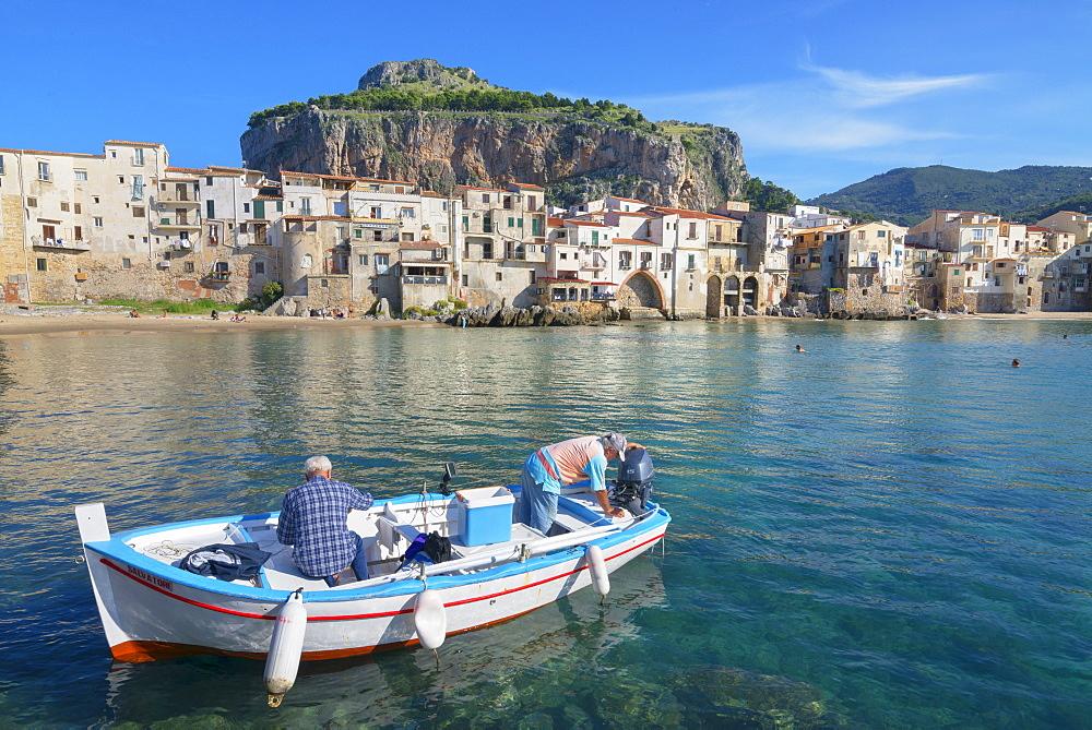 Old town, Cefalu, Sicily, Italy, Mediterranean, Europe - 718-2164
