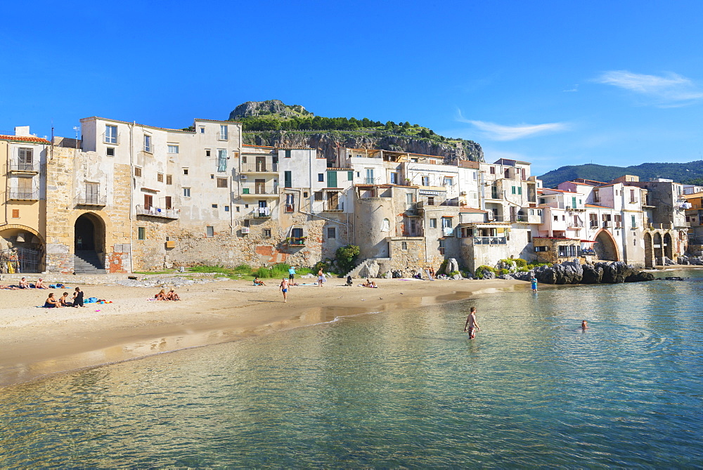 Old town, Cefalu, Sicily, Italy, Mediterranean, Europe - 718-2165