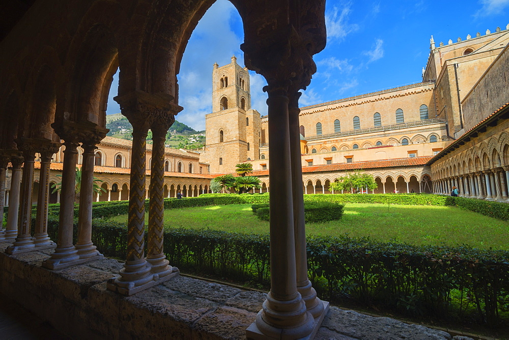 Cloister, Cathedral of Monreale, Monreale, Palermo, Sicily, Italy, Europe - 718-2181