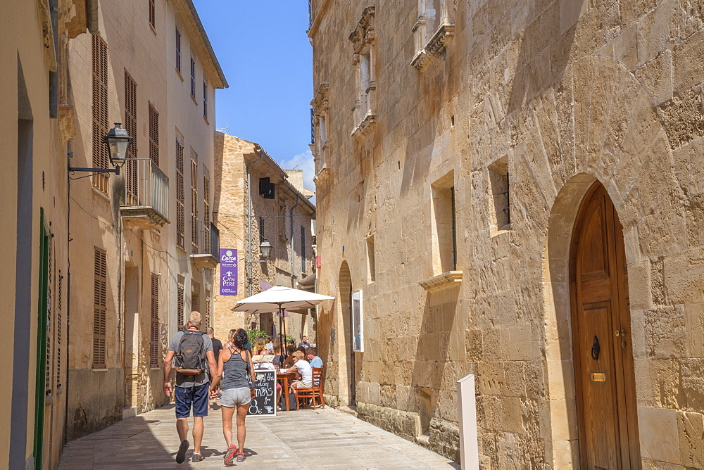 Streets in Alcudia, Alcudia, Mallorca (Majorca), Balearic Islands, Spain, Europe