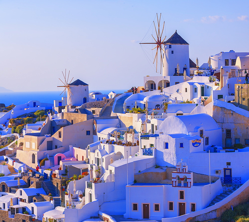 Oia village, Oia, Santorini, Cyclades Islands, Greek Islands, Greece, Europe - 718-2534