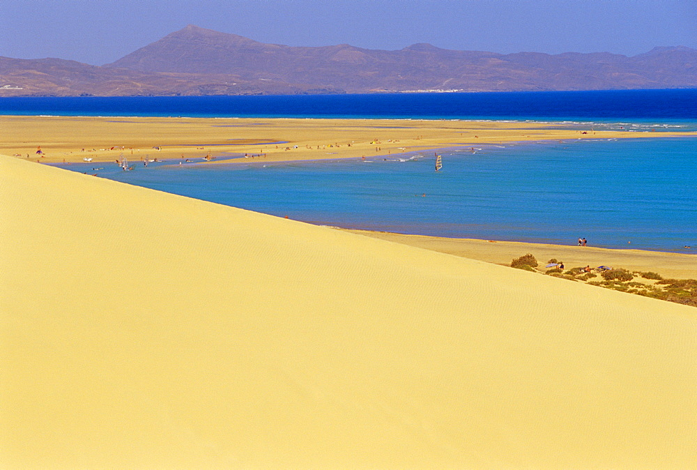 Sandy dunes and Peninsula de Gandia in the background, View of the Coastline near Tiscamanita, Fuerteventura, Canary Islands, Spain - 718-333
