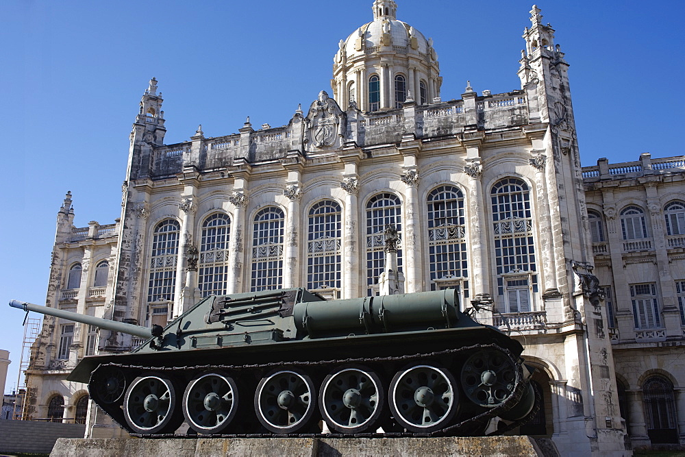 Revolution-period tank outside the Museum of the Revolution, Old Havana, Cuba, West Indies, Central America - 722-129