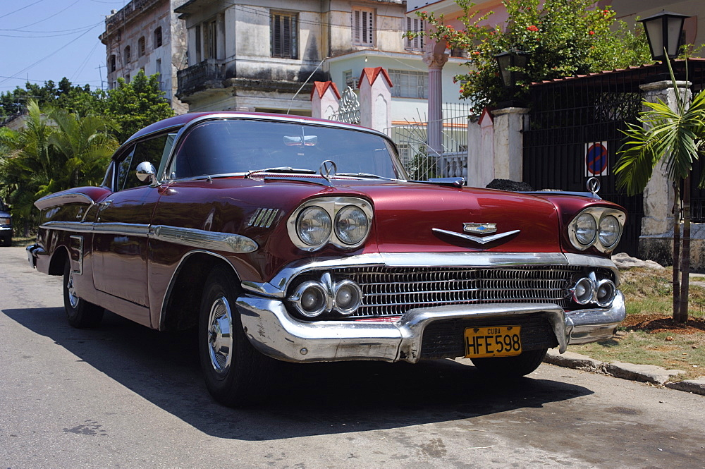 Classic Chevrolet Impala saloon car, Vedado, Havana, Cuba, West Indies, Central America - 722-156
