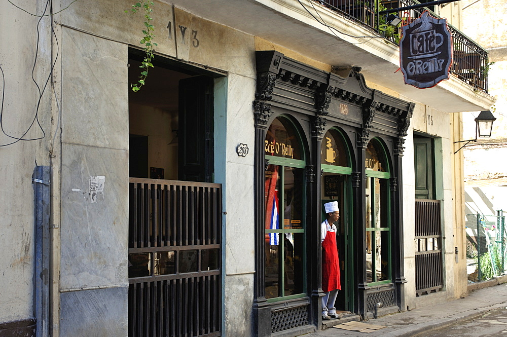 The Cafe O'Reilly, established 1893, in Calle O'Reilly in Havana's historic centre, Old Havana (Habana Vieja), Havana, Cuba, West Indies, Central America - 722-163