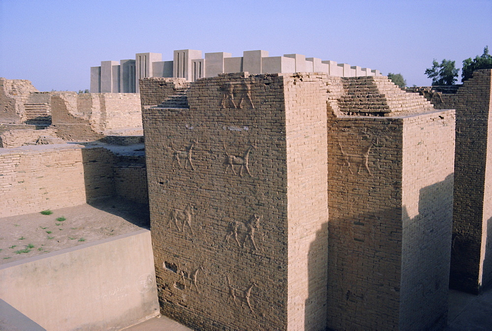 Animals in relief on the wall of the South Palace, archaeological site of Babylon, Iraq, Middle East