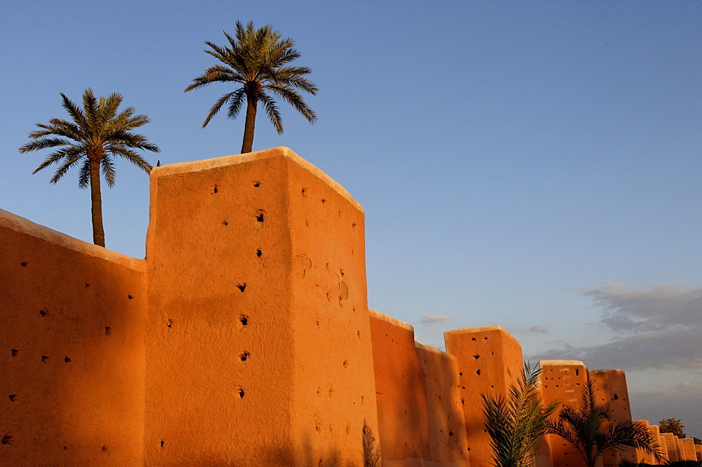 The walls of the old city, Marrakesh, Morocco, North Africa, Africa - 724-1448