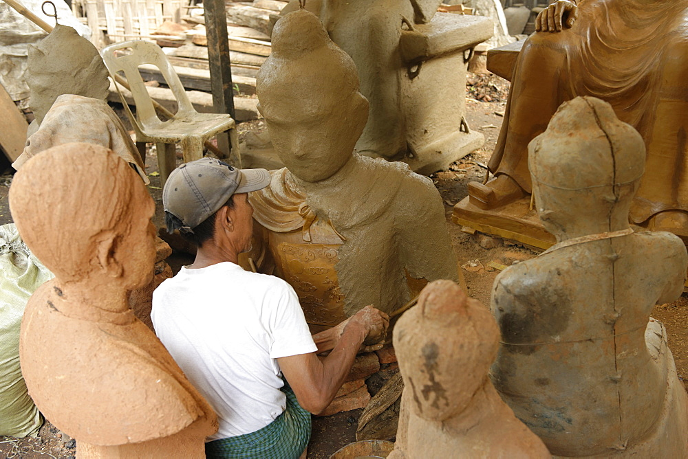 Lost-wax casting open air workshop, Amarapura, Mandalay Division, Republic of the Union of Myanmar (Burma), Asia