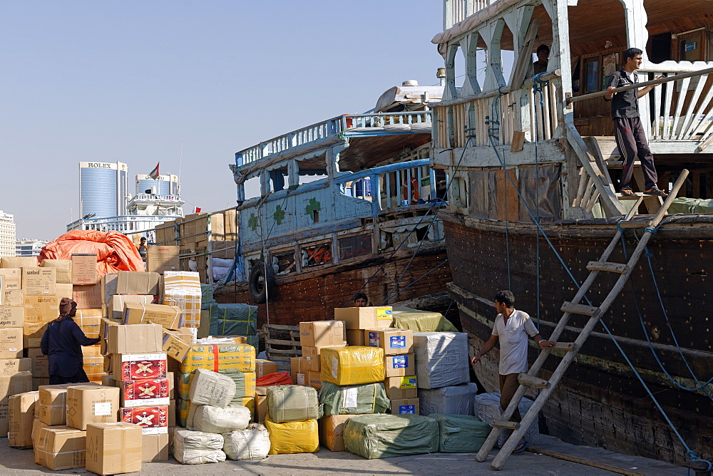 Trading dhows on the docks of Dubai Creek, Deira, Dubai, United Arab Emirates, Middle East - 724-2516