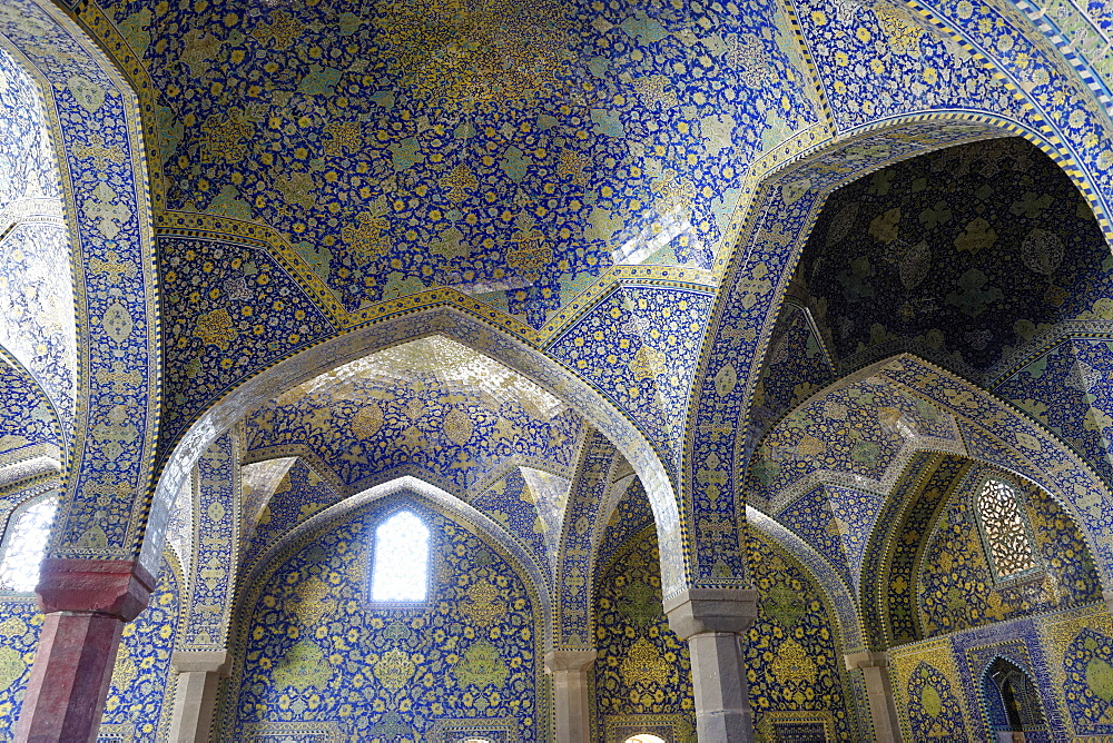 Shah Mosque (Imam Mosque), Isfahan, Iran, Middle East - 724-2611