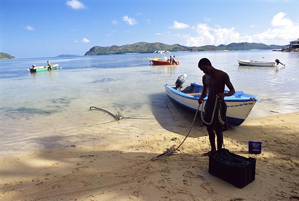 Beach, Grand Anse, south coast, island of Praslin, Seychelles, Indian Ocean, Africa - 724-381