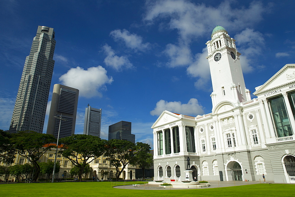 Victoria Memorial Hall and skyline, Singapore, Southeast Asia, Asia - 728-6311