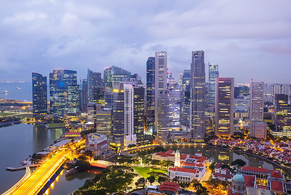 Skyline at dusk of the Financial District, Singapore, Southeast Asia, Asia - 728-6371