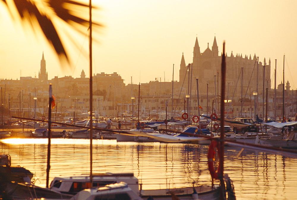 Palma, Majorca, Spain - 728-704