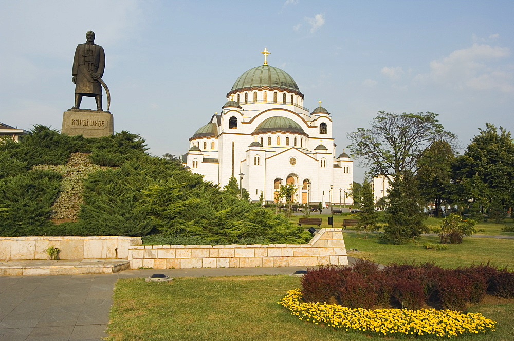 Monument in front of St. Sava Orthodox church dating from 1935, the biggest Orthodox church in the world, Belgrade, Serbia, Europe