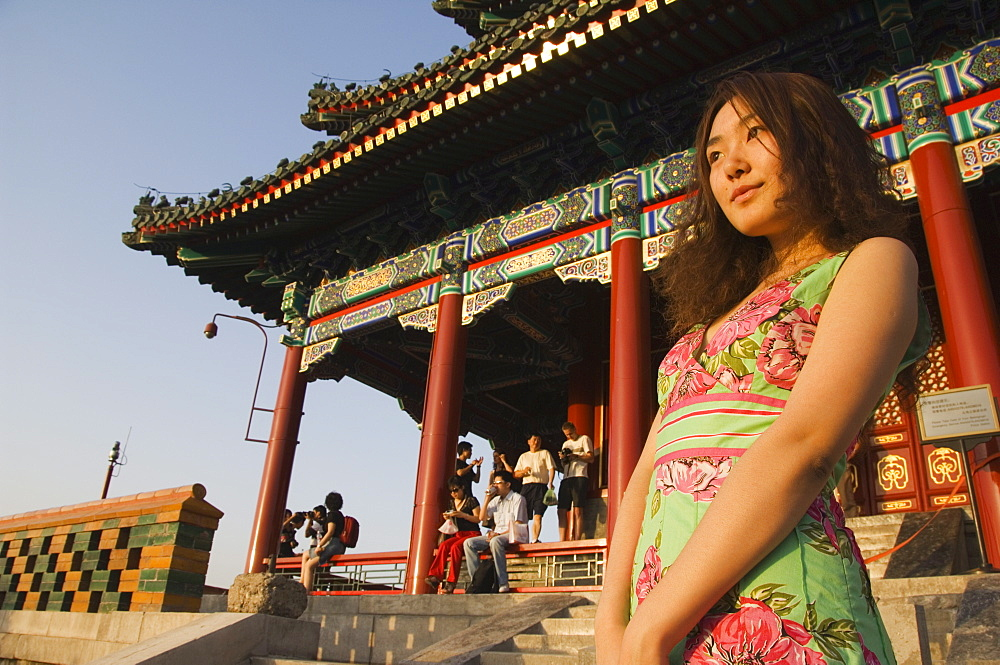 Young Chinese model at Wanchun Pavilion (All Time Spring Pavilion) in Jingshan Park, Beijing, China, Asia