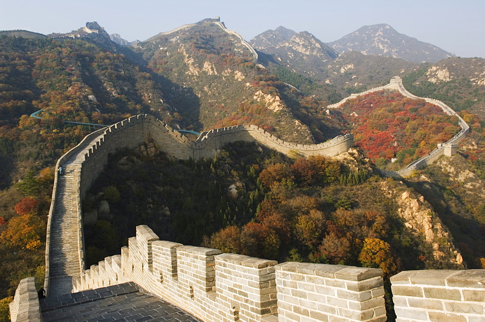 Autumn colours on The Great Wall of China at Badaling, China, Asia - 733-2686