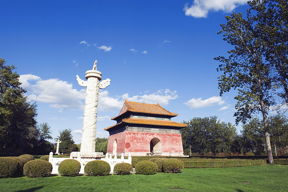 Huabiao statue and gate at the Ming Tombs, Beijing, China, Asia