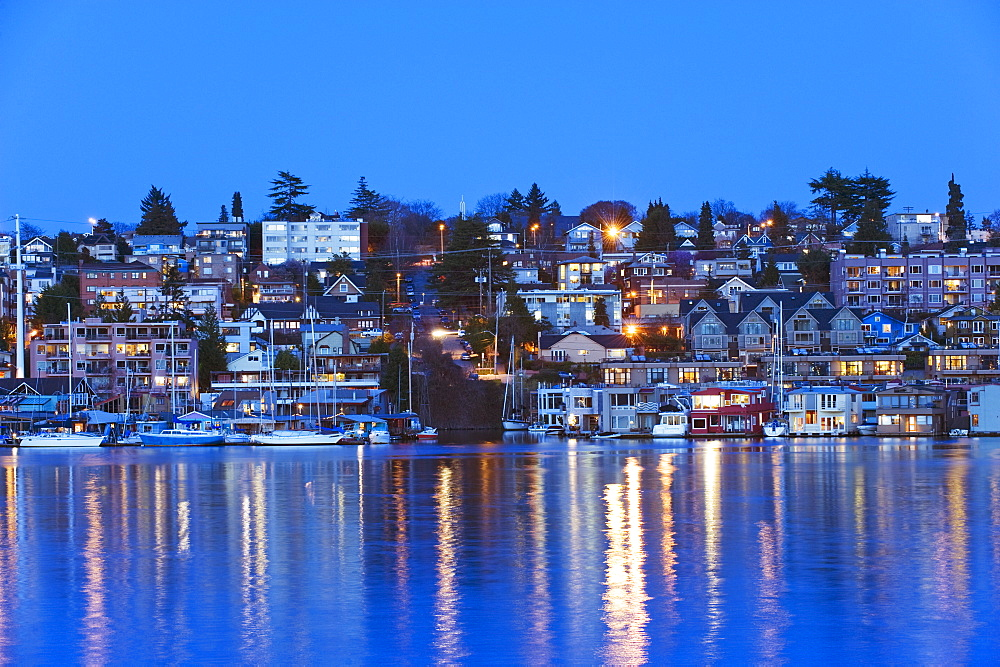 Residential houses on Lake Union, Seattle, Washington State, United States of America, North America