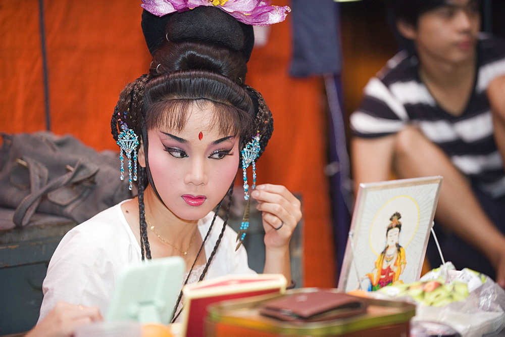 Putting on makeup for Taiwanese Chinese Opera, Georgetown, Penang, Malaysia, Southeast Asia, Asia