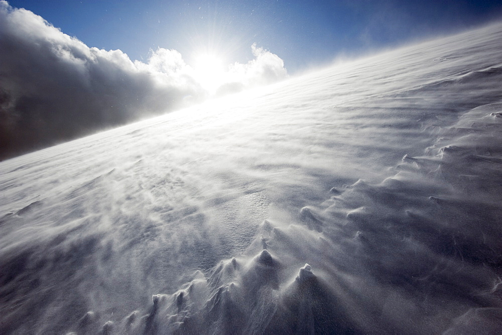 Wind blowing over snow covered Mount Fuji, Shizuoka Prefecture, Japan, Asia - 733-4093