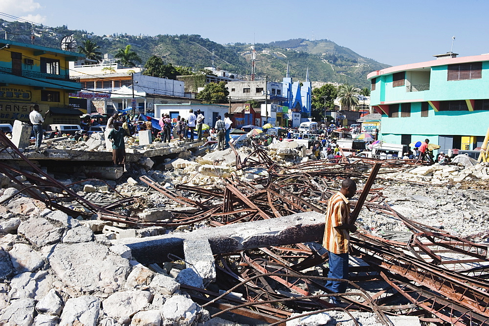 Salvage and reconstruction work, January 2010 earthquake damage, Port au Prince, Haiti, West Indies, Caribbean, Central America