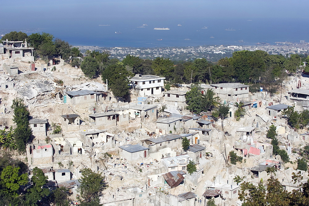 January 2010 earthquake damage in the slums, Port au Prince, Haiti, West Indies, Caribbean, Central America