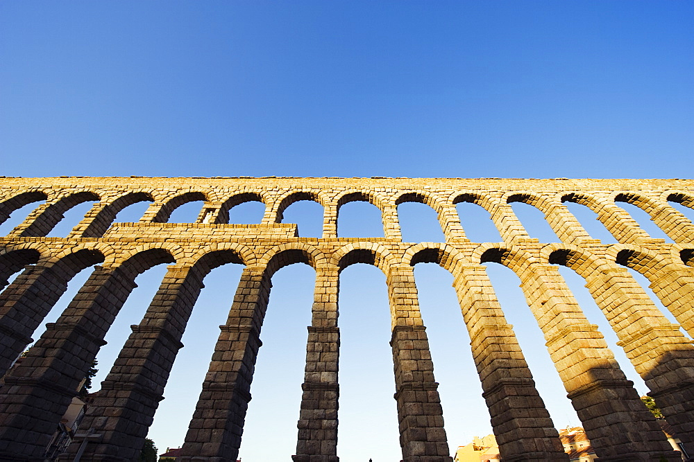 The 1st century Roman aqueduct, UNESCO World Heritage Site, Segovia, Madrid, Spain, Europe - 733-4650