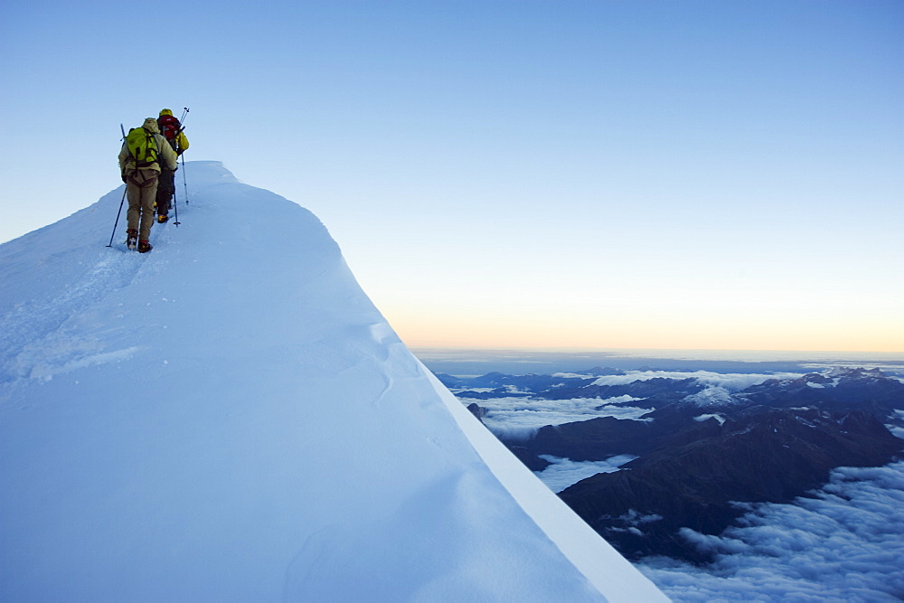 Summit ridge of Mont Blanc, 4810m, Chamonix, French Alps, France, Europe