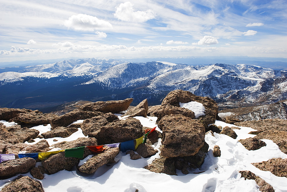 a description of the longs peak mountain in colorado united states Image:longs peakjpg fuß höhe auf dem longs peak in den rocky mountains, colorado states because it is a work of the united states federal government.