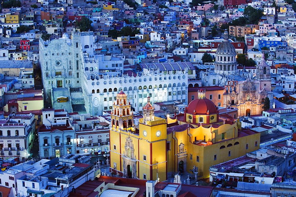 Basilica de Nuestra Senora de Guanajuato and University building, Guanajuato, UNESCO World Heritage Site, Guanajuato state, Mexico, North America