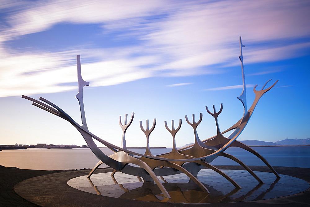 Solfar (Sun Voyager), iconic stainless-steel modern sculpture representing a Viking longboat by Jon Gunnar Arnason, Reykjavik, Iceland, Polar Regions