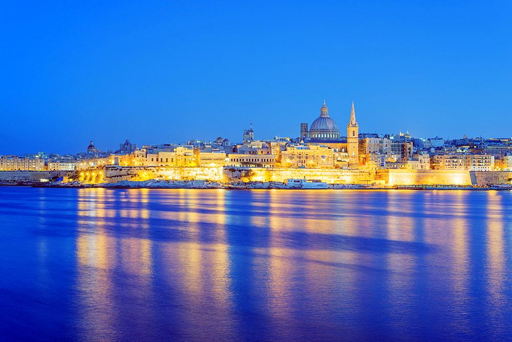 St. Paul's Anglican Cathedral and Carmelite Church, Valletta, Malta, Mediterranean, Europe