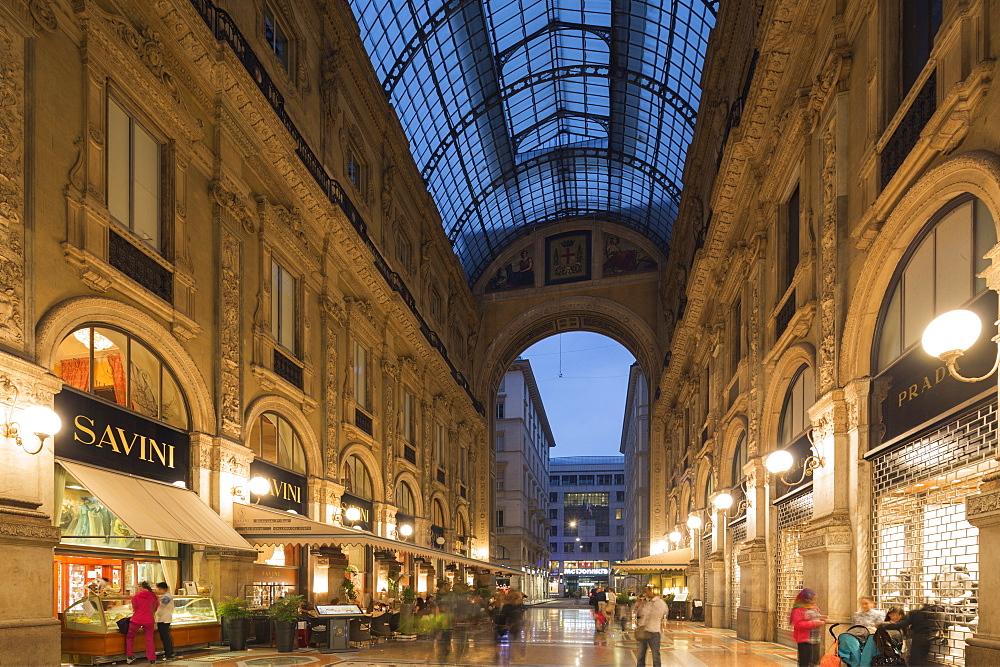 Vittorio Emmanuel II Gallery (Galleria Vittorio Emanuele II), Piazza del Duomo, Milan, Lombardy, Italy, Europe