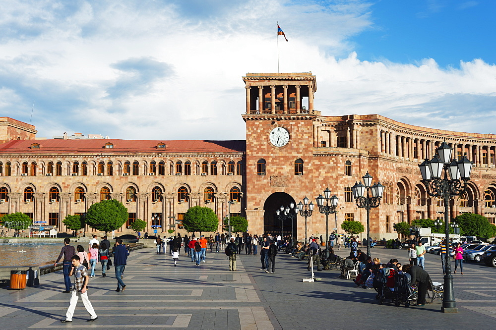 Republic Square, Government of the Republic of Armenia building, Yerevan, Armenia, Caucasus, Central Asia, Asia