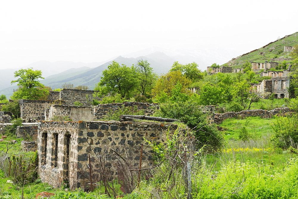 Damaged houses in Karvachar, independent Armenian enclave within Azerbaijan, Nagorno-Karabakh, Armenia, Caucasus, Central Asia, Asia
