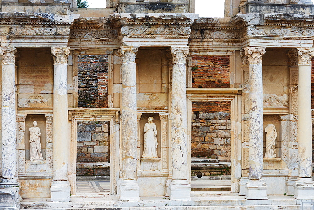 Ancient Roman ruins, The Library of Celcus, Ephesus, Selcuk, Anatolia, Turkey, Asia Minor, Eurasia